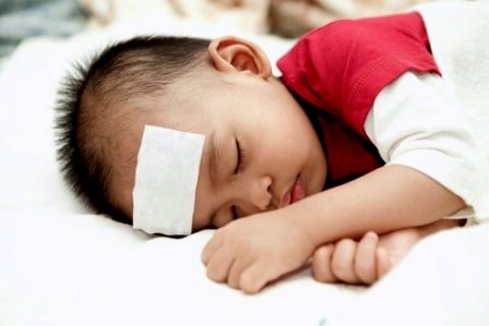 cara menurunkan panas demam pada bayi 2 cara menurunkan panas demam pada bayi cara menurunkan panas demam pada bayi