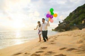 photo prewedding di pantai 7 | HamilPlus.Com 2021