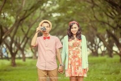 pre wedding casual outdoor 2 | HamilPlus.Com 2021