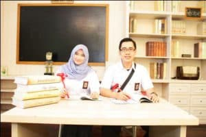 prewedding islami indoor sma | HamilPlus.Com 2021