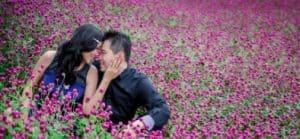 prewedding taman bunga nusantara bunga ungu | HamilPlus.Com 2021