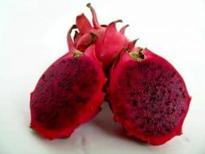 Manfaat buah naga merah untuk diet Manfaat buah naga merah untuk kecantikan Manfaat buah naga merah untuk bayi khasiat