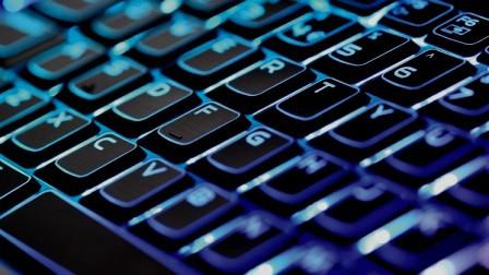 tips beli laptop berkualitas keyboard design