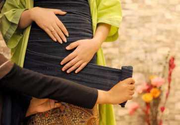 Perawatan Pasca Melahirkan tradisional kemben gurita stagen