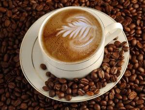 ibu hamil minum kopi source drlisawatson com