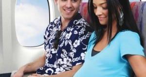 Ibu hamil naik pesawat