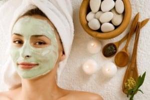 cara memutihkan wajah secara alami 2