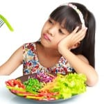 Tips Cara Mengatasi Anak Susah Makan dan Suka Jajan