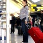 Hamil Muda Naik Pesawat, Apakah Aman untuk Janin/Rahim?
