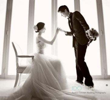 prewedding indoor elegant