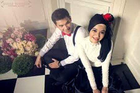 prewedding islami indoor romantis | HamilPlus.Com 2021