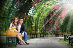 prewedding taman bunga nusantara bagus elegan   HamilPlus.Com 2021