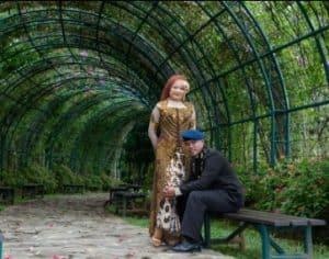 prewedding taman bunga nusantara tentara   HamilPlus.Com 2021