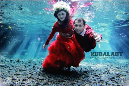 prewedding underwater jakarta 14