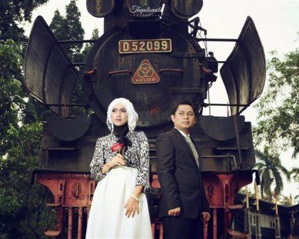 prewedding vintage hijab klasik di museum kereta api   HamilPlus.Com 2021