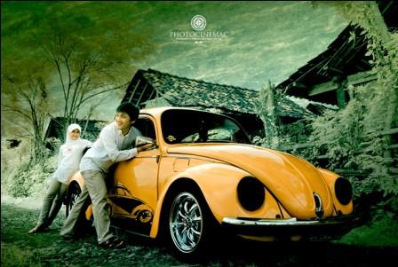 prewedding vintage hijab menggunakan properti mobil VW 3   HamilPlus.Com 2021