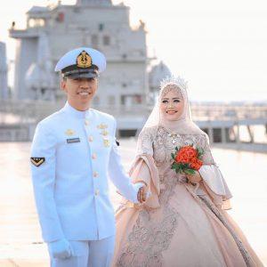Prewedding TNI AL AD AU yang Unik, Bagus dan Elegan 9