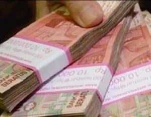 Arti Mimpi Diberi Uang Arti Mimpi Diberi Uang