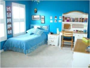 desain kamar tidur perempuan dewasa warna biru