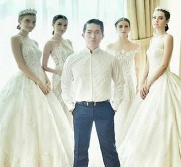 Desainer kebaya modern Indonesia biyan wana atmaja