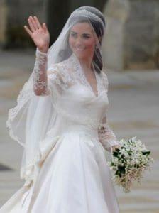 Model Kebaya Modern Pengantin Kristen Di Hari Pernikahan 2019