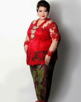 5 Model Kebaya Untuk Wanita Gemuk Agar Kelihatan Ramping 2019