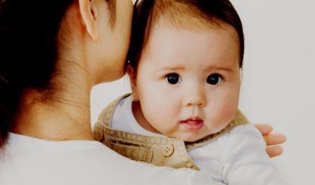 vCara Membuat Bayi Sendawa - bayi sendawa