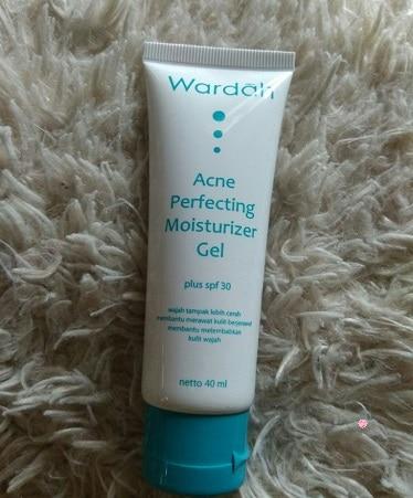 Acne Perfecting Moisturizer Gel pelembab wardah untuk kulit berminyak