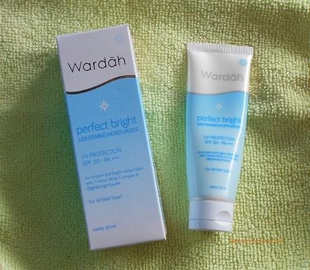 Cara Makeup Natural Wardah Untuk Kulit Berjerawat - Mugeek
