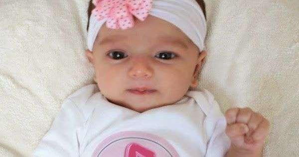 bayi 1 bulan bisa apa, perkembangan bayi usia 0-1 bulan, stimulasi perkembangan bayi 1 bulan