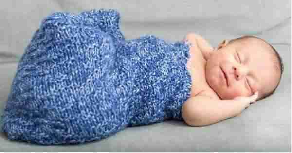 bayi 1 bulan tidur terus