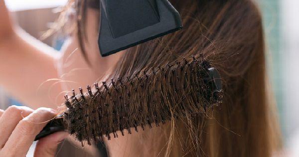 Tanpa Salon, Inilah Cara Merawat Rambut Kering Tanpa ke Salon